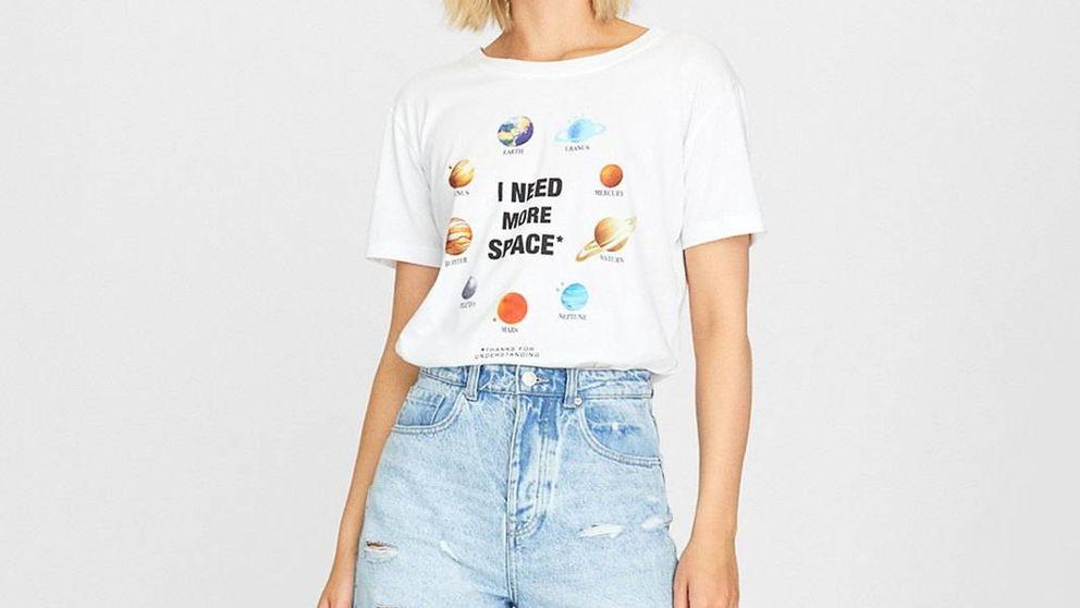 Esta es la camiseta de Stradivarius que necesitas ponerte en tu próxima cita Tinder