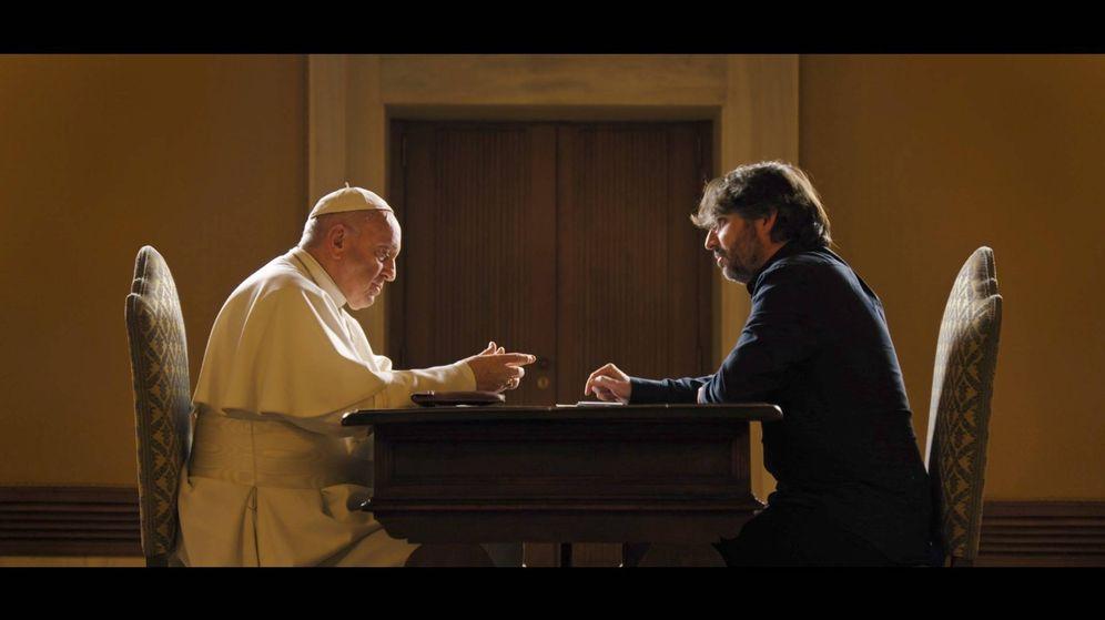 Foto: Imagen de la entrevista de Jordi Évole al Papa Francisco. (Atresmedia)