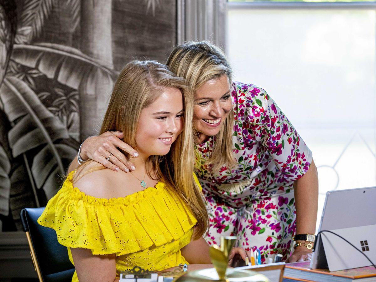 Foto: Máxima de Holanda y su hija Amalia. (EFE)