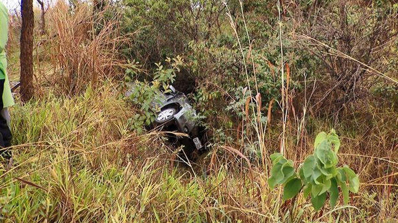 Un niño pasa 48 horas solo en la autopista tras el accidente que mató a su familia