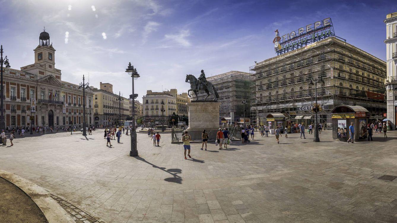 La Puerta del Sol vuelve a dar la campanada en dos de sus edificios estrella
