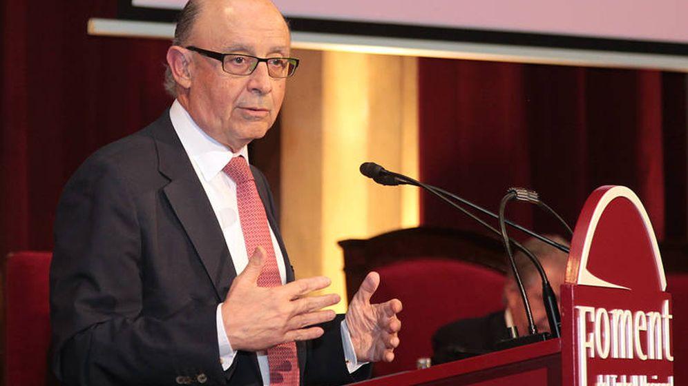 Foto: Cristobal Montoro en la asamblea de la patronal Fomento del Trabajo.