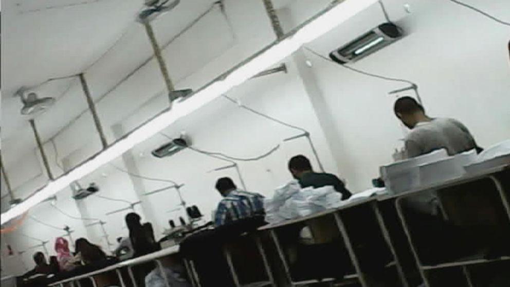 'Made by refugees': dentro de los talleres  textiles que explotan a menores sirios