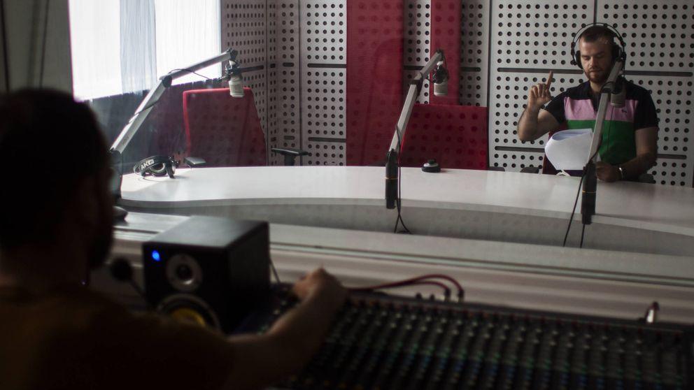 Música pop y partidos de fútbol: la radio de Irak que desafía al Estado Islámico