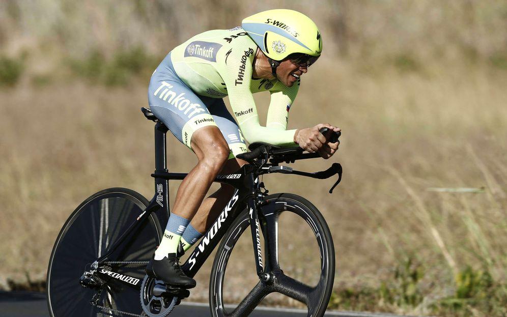 Foto: Alberto Contador, en la contrarreloj de la Vuelta (Javier Lizón/EFE).