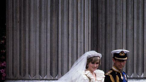 Guerra por el vestido de novia de Lady Di: contactamos con su diseñador