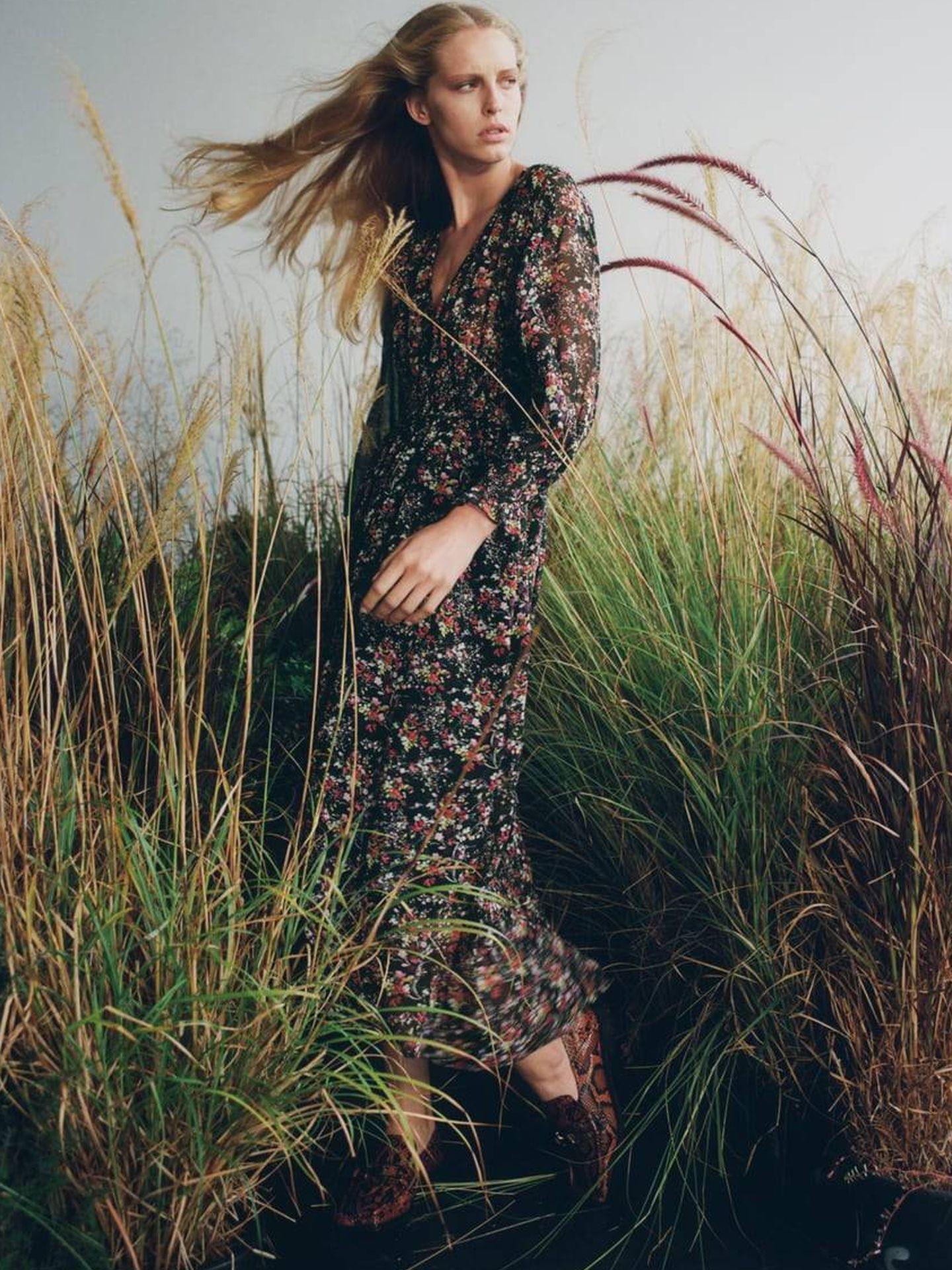 Vestido de flores de Zara. (Cortesía)