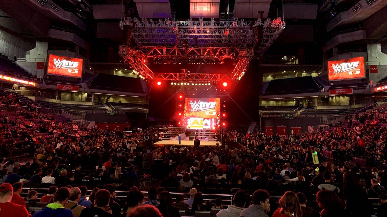 Comienza el espectáculo de la WWE Live en el WiZink Center de Madrid. (Foto: Guillermo Ferrero)