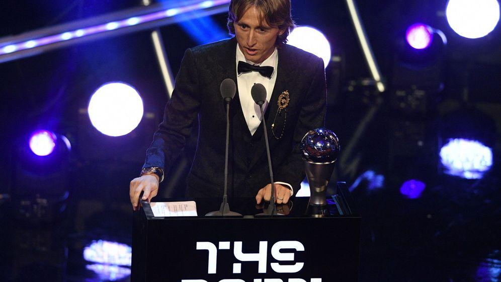 Foto: Luka Modric recibe el premio 'The Best' de la FIFA (EFE)