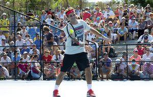 Federer acepta las críticas, pero dice que no le van a 'echar' de las pistas