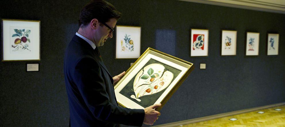 Foto: Una subasta en Londres de 14 cuadros nunca vistos de Salvador Dalí, el pasado junio. (Efe)
