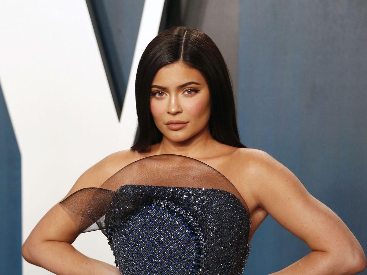 Foto: Kylie Jenner ha incluido el equilibrio en sus ejercicios físicos. (EFE)