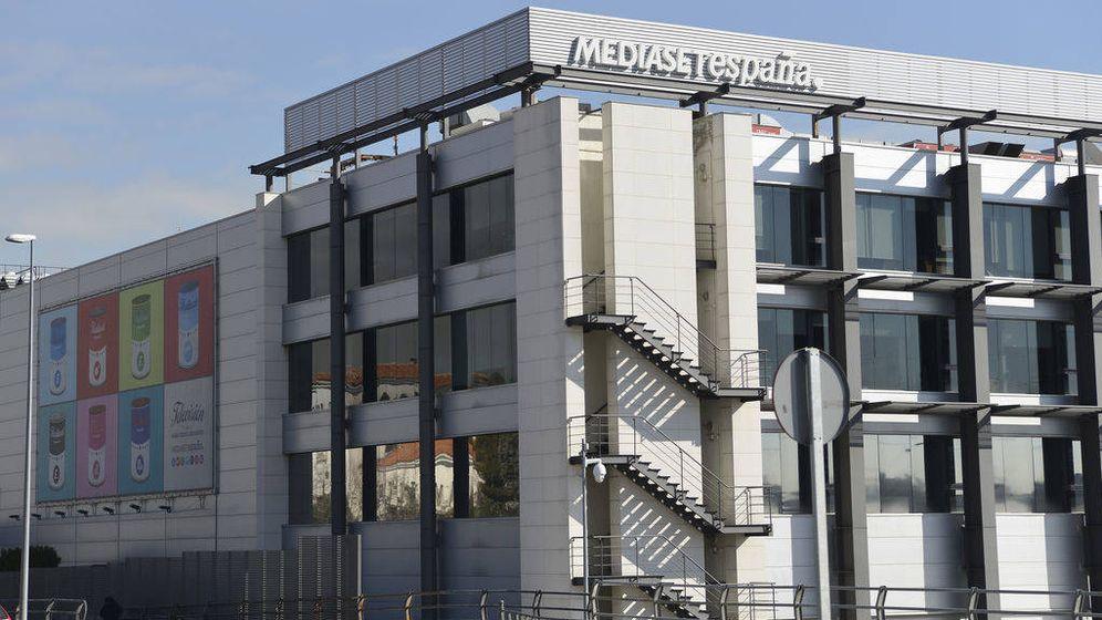 Foto: Fachada de la sede de Mediaset en Fuencarral. (Mediaset)