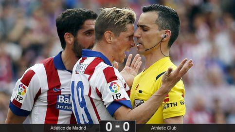 Un Athletic serio y un linier despistado desquician al mejor Atlético en semanas