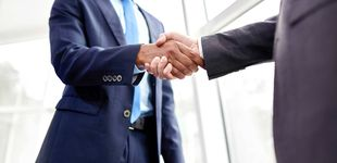 Post de Adiós al apretón de manos: empresarios plantean la opción del 'contacto cero'