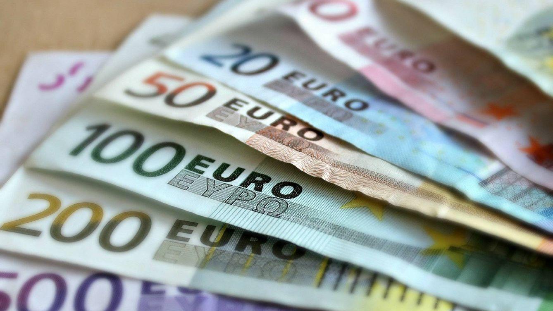 Vivir en España y no cobrar en euros, un obstáculo para pedir una hipoteca