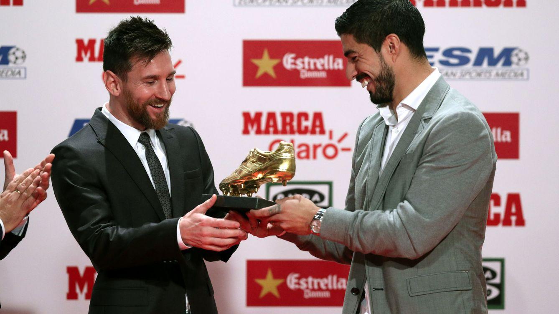 Messi recoge la Bota de Oro, pero no suelta ni media palabra sobre la renovación