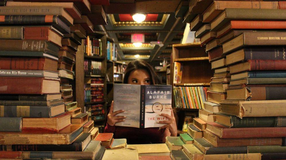 Foto: Ficha los libros con los que sueñan los amantes de la moda. (Unsplash)