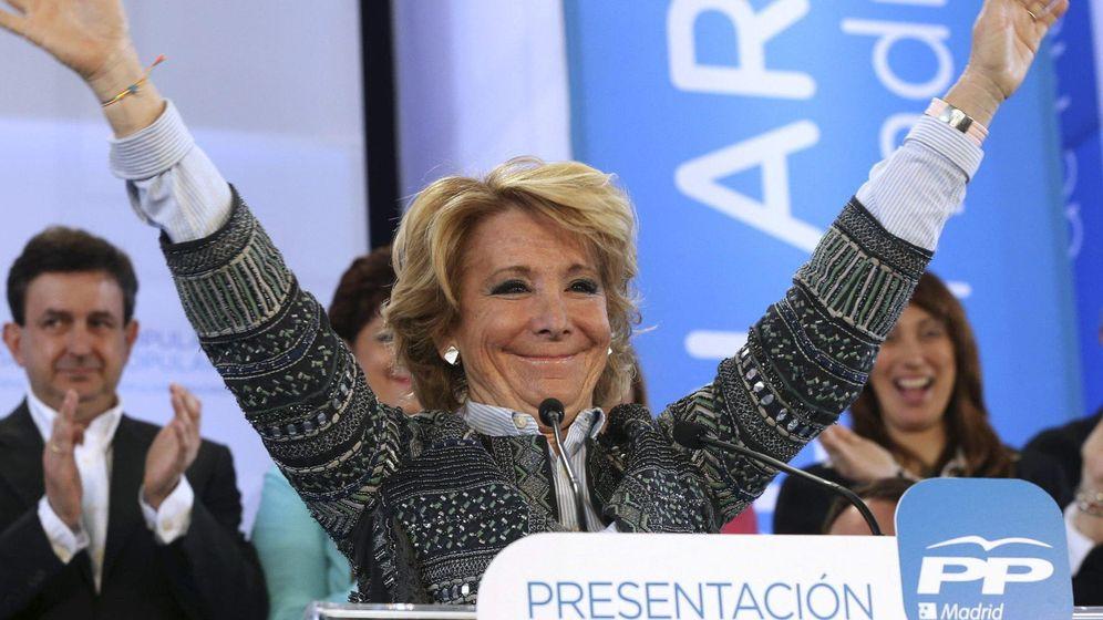 Foto: Cuando Aguirre dijo que Carmena era radical y Twitter lo negó