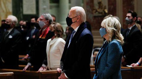 Jill Biden y Kamala Harris eligen el mismo color para su primer acto