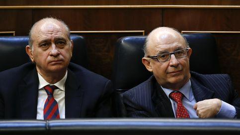 El Parlament llevará a Fiscalía a dos ministros por no comparecer