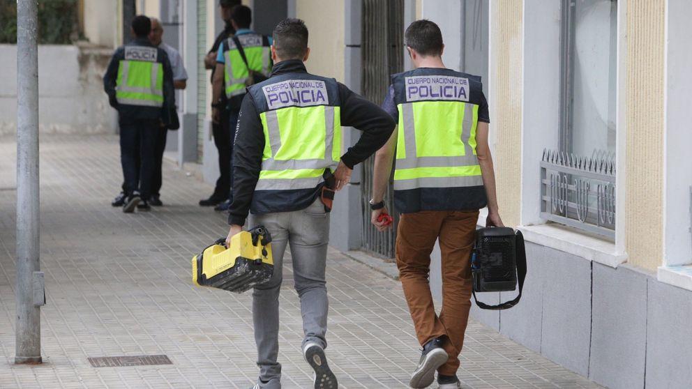 Detenido en Valencia por desnudarse y tocarse los genitales frente a familias