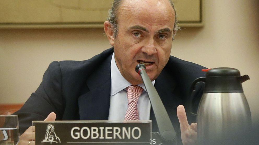De Guindos miente: el nombramiento de Soria sí fue político