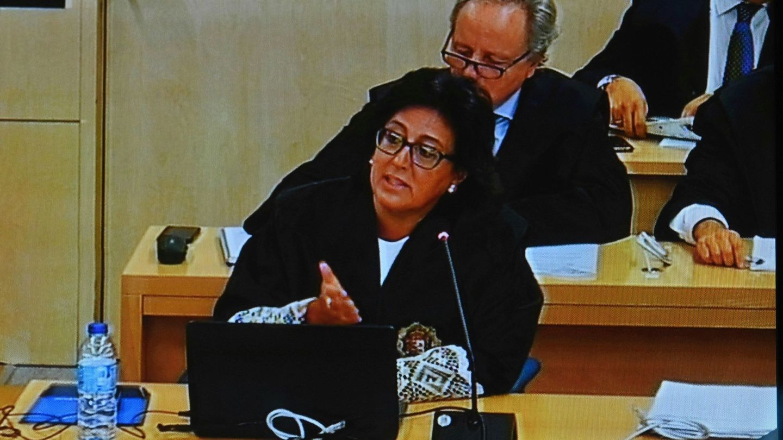 La fiscal Carmen Launa, durante el juicio de Bankia. (EFE)
