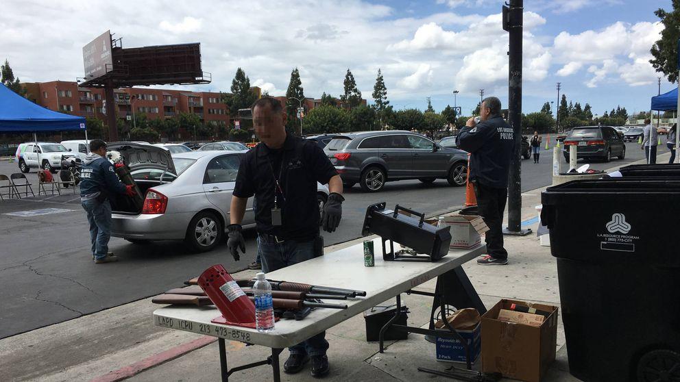 Amnistía de armas en Los Ángeles: tu rifle por 100 dólares de comida