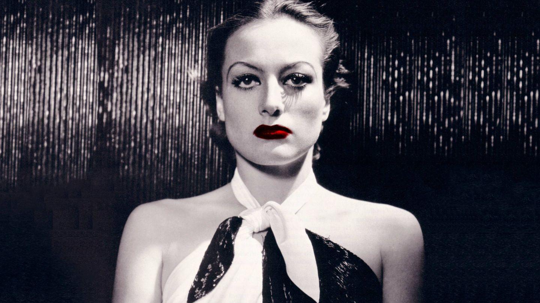Joan Crawford, en una foto de su época en la MGM. (Fotomontaje de Vanitatis)