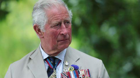 Buckingham, el príncipe Carlos y la prensa: todos en contra de 'The Crown' (y Meghan y Harry cuestionados)