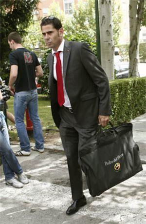 Hierro ya sabe que Villar le quiere renovar