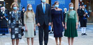 Post de Ni estreno ni Varela: el vestido Delpozo de Letizia en los Princesa de Asturias es pura maravilla