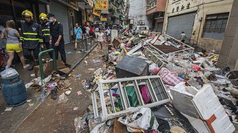 El tifón Hato arrasa China