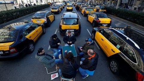 Las protestas del taxi en Barcelona y Madrid, en imágenes