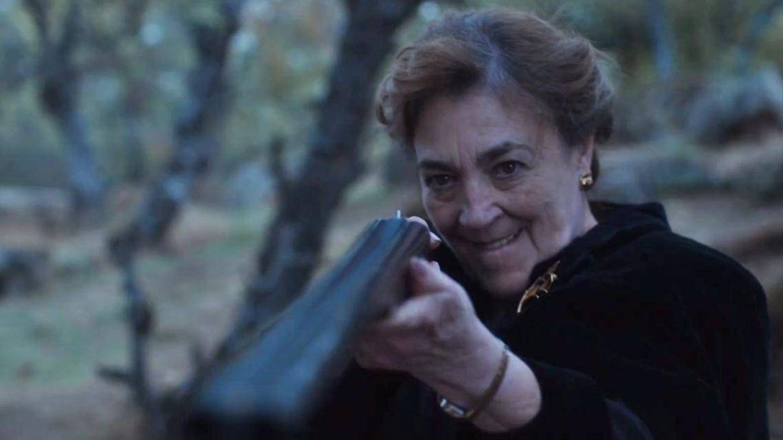 Carmen Maura, en 'Alguien tiene que morir'. (Netflix)
