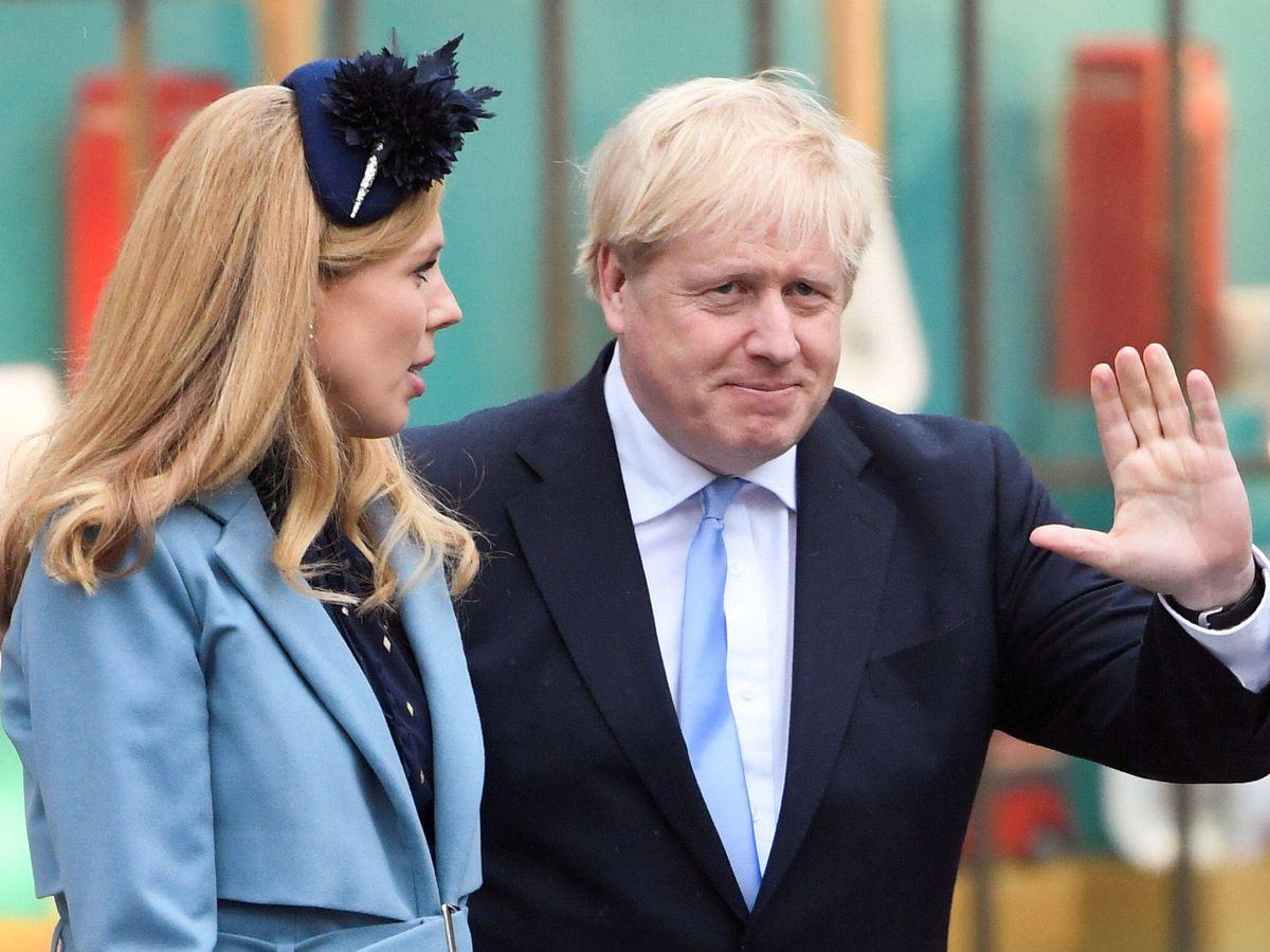 Foto: Boris Johnson y su pareja. (Reuters)