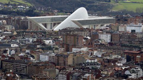 Derrumbe, bronca y fuga en 'El Centollo': bienvenidos al edificio más gafe de España