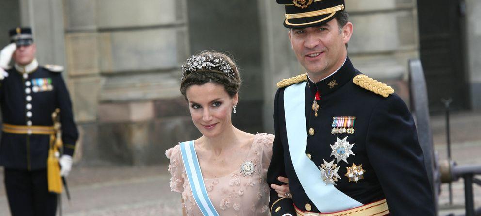 Foto: Los príncipes de Asturias en la boda de la princesa Victoria de Suecia (Gtres)