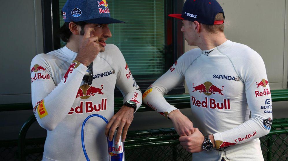 Foto: Carlos Sainz y Max Verstappen antes de la carrera de Melbourne.