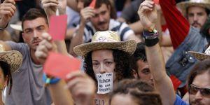 Barcelona recupera la calma: el 15M se concentra contra la investidura de Camps