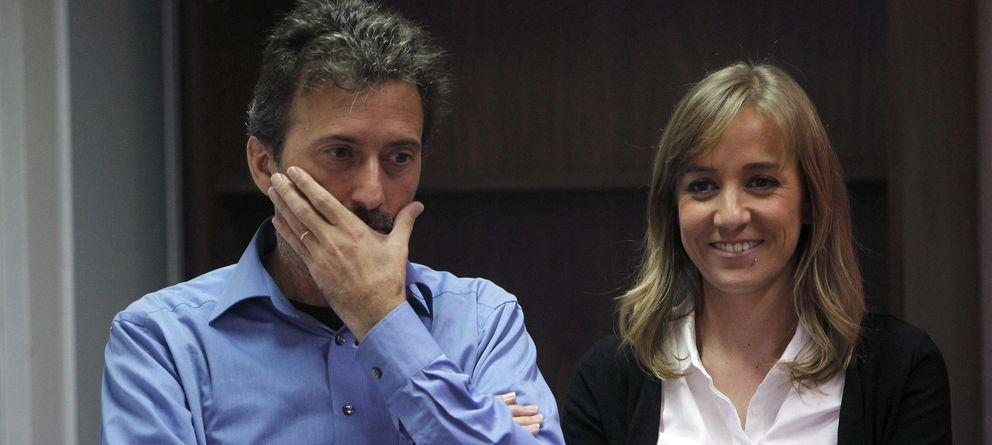 Foto: Mauricio Valiente y Tania Sánchez, candidatos por IU a la alcadía y Comunidad de Madrid, respectivamente. (EFE)