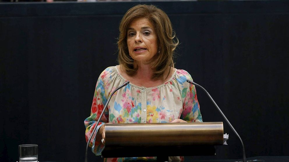 Carmena demanda a Botella por la venta de pisos sociales para que devuelva 127 M