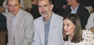 Post de El look más estelar de la reina Letizia al lado del astronauta y ministro Pedro Duque