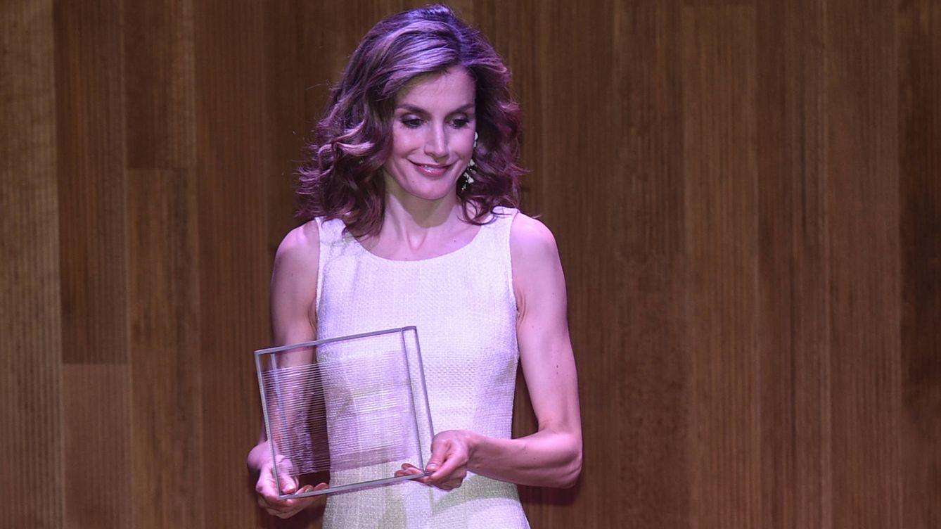 Reina Letizia: Melissa Jiménez le copia el vestido de Zara a la ...