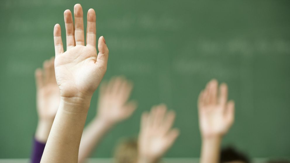 http://5www.ecestaticos.com/image/clipping/992/558/e5e33e3a1c65eac1de576b3494376e90/los-estudiantes-quieren-cambiar-del-todo-la-educacion-espanola-esto-es-lo-que-proponen.jpg