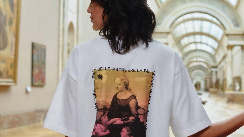 Las prendas con más arte están en la nueva colección de Uniqlo y el Museo del Louvre