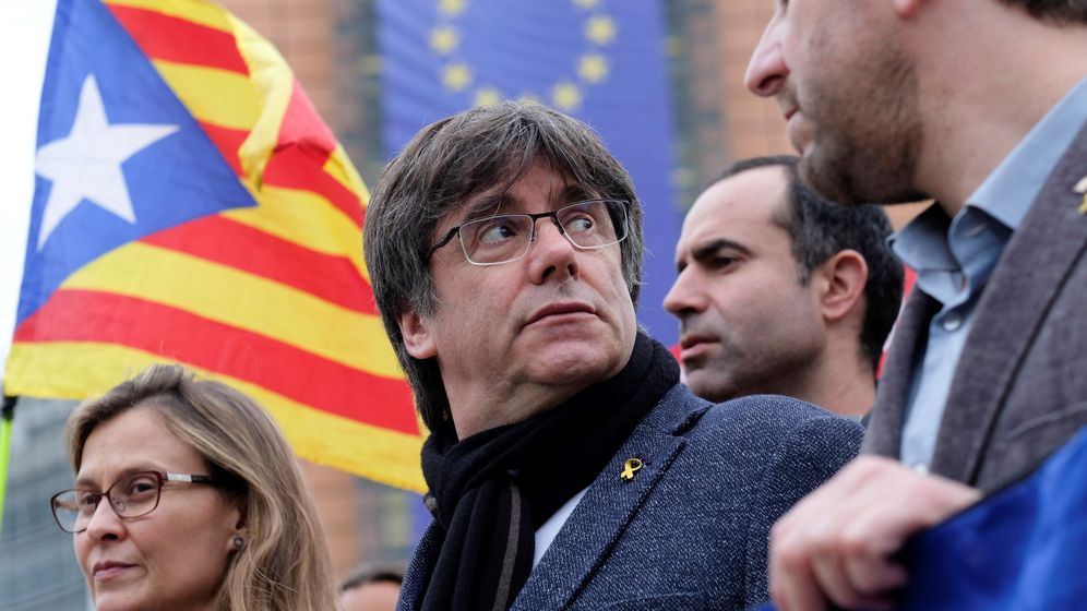 Foto: El expresidente catalán Carles Puigdemont en una protesta en Bruselas. (EFE)