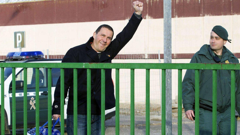 Arnaldo Otegi a su salida de la cárcel en 2016. (EFE)