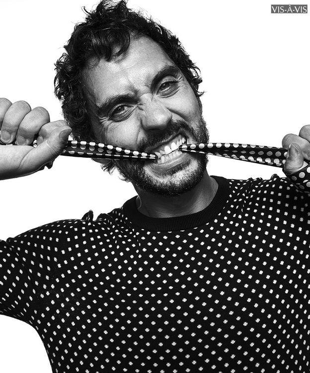 Foto: Paco León en una imagen de la revista 'Vis à Vis'